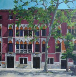Sun On Soranzo Palace
